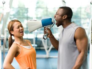 Tréner skutečně není ten, co pouze zvyšuje hlas a má velké svaly