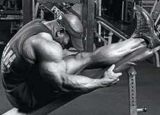 Stretching-bodybuilder